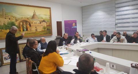 بلدية الناصرة تعقد جلستها الأولى وتصوّت على تعيين النواب
