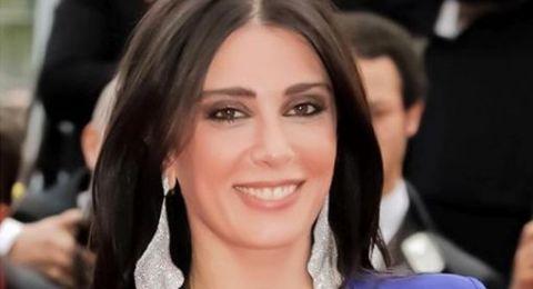 سلمى حايك تهنئ نادين لبكي: