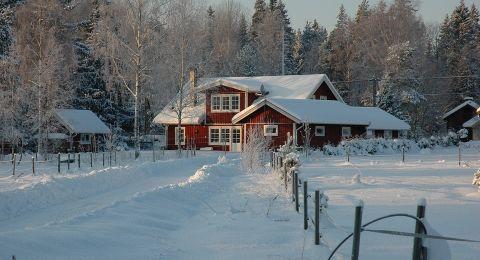السياحة في سويسرا والسويد تحلو في الشتاء