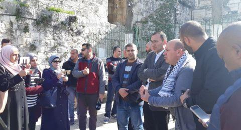 القدس : وقفة تضامنية مع مبعدي حراس الاقصى