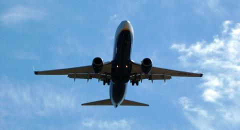 8 حقائق عليك معرفتها عن الرحلات الجوية
