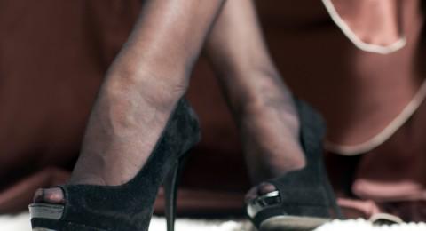وصفات للتخلص من آلام القدمين بعد ارتداء الكعب