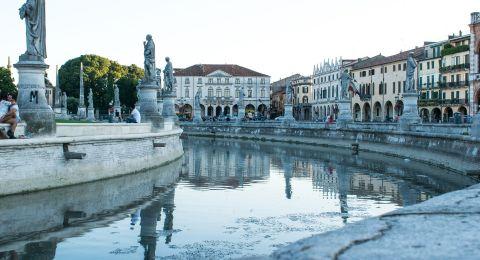 أسباب لزيارة مدينة بادوفا الإيطالية