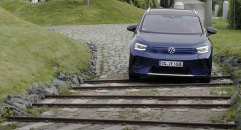 فولكس فاغن تزيح الستار عن أكثر سياراتها الكروس أوفر تطورا!