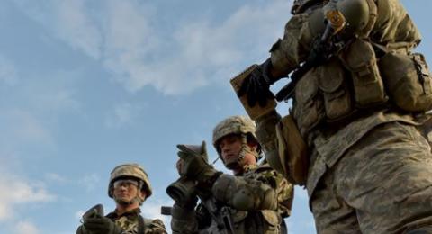 البنتاغون يرجح نقل قواته المنسحبة من شمال سوريا إلى العراق