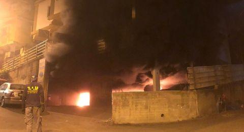الناصرة: احتراق 5 سيارات  في موقف تحت بناية