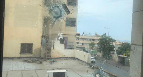 الناصرة: اطلاق رصاص تجاه بناية اسفر عن اضرارٍ مادية