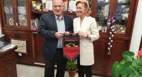 سفيرة فنلندا تزور بلدية الناصرة