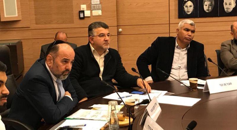 النائب جبارين يكشف معطيات جديدة حول عمق التمييز بين الطلاب العرب واليهود