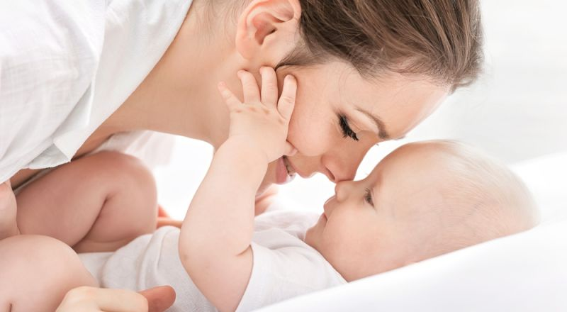 طفلك يتنفّسُ بسرعة؟.. إليكِ المعدل الطبيعي ومتى يجب زيارة الطبيب؟