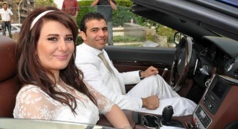 فستان زفاف يارا نعوم يثير أزمة بمطار القاهرة