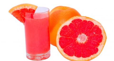 عصير البرتقال الأحمر يناسب الأجواء الرومانسية