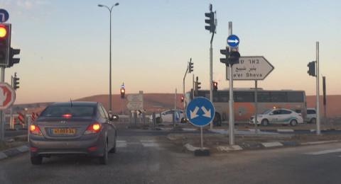 النائب أبو عرار يطالب وزير المواصلات بنصب إشارات ضوئية في مفترقي أبو تلول ويروحم ...