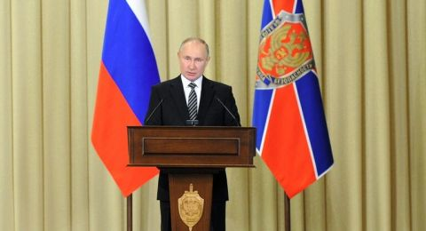 بوتين: الحرب على الإرهاب مستمرة حتى في جبهات بعيدة مثل سوريا