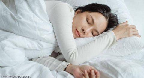 لمساعدة الجسم على نوم أفضل.. 8 طرق