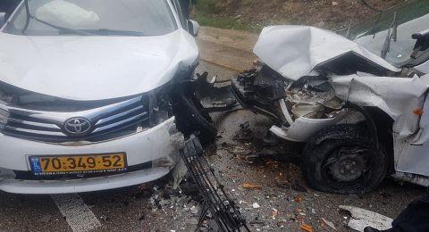 معاوية: إصابة 3 أشخاص في حادث طرق