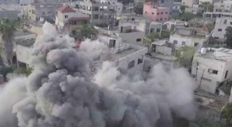 إسرائيل تفجر منزل عائلة الشهيد عمر ابو ليلى