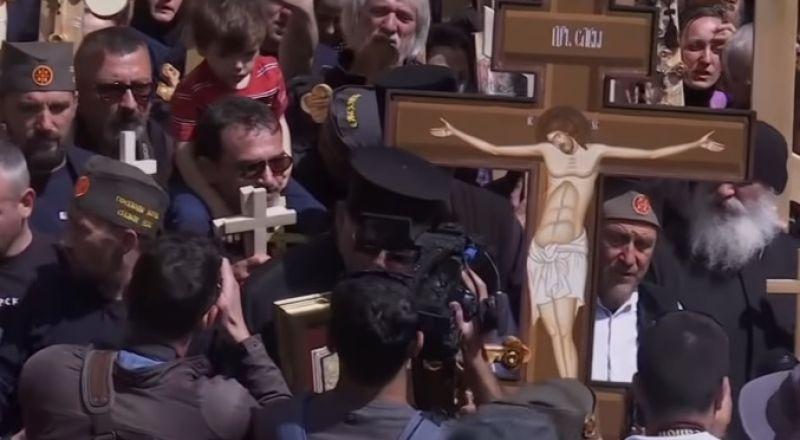 آلاف المسيحيين الشرقيين يشاركون في طقوس