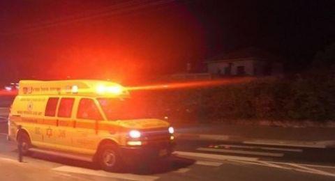 إصابة حرجة لشاب ومتوسطة لآخر بحادث طرق في اكسال