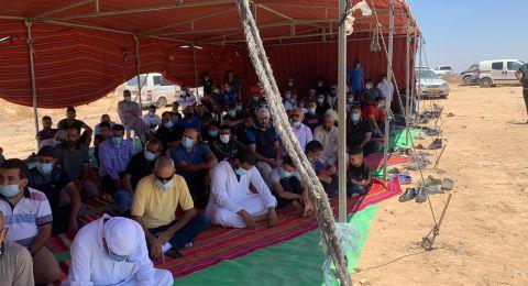 صلاة جمعة موحدة في خربة وطن بالنقب احتجاجًا على الهدم والتهجير