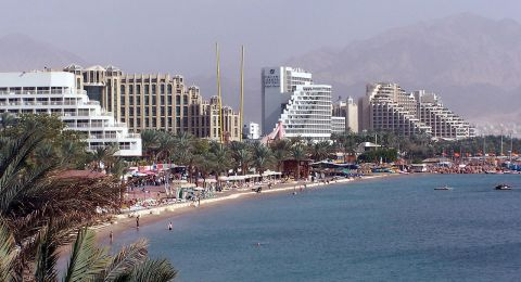 الحكومة تصادق على ادخال 700 عامل اردني للعمل في فنادق ايلات