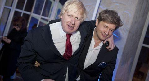 جونسون يعين أخاه الصغير بمنصب نائب وزير الأعمال الحرة