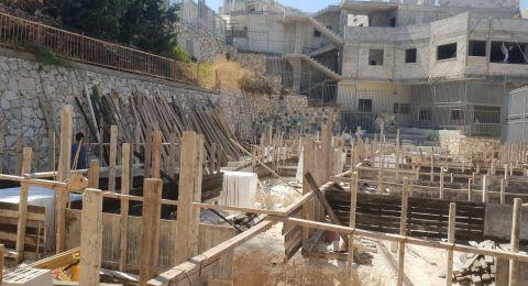 اعمال بناء وتطوير في مدرسة مي زيادة  حي العمال العرب