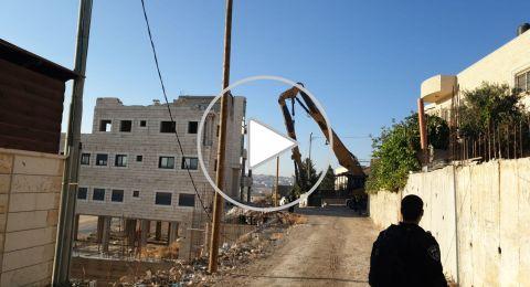 القدس: إسرائيل تبدأ بهدم أكثر من 100 شقة سكنية في صور باهر!