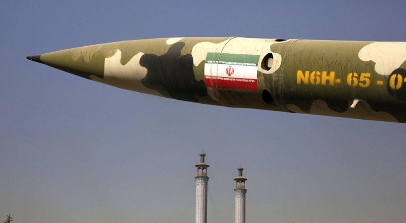 إيران تختبر صاروخا باليستيا يصل مداه إلى 1000 كيلومتر