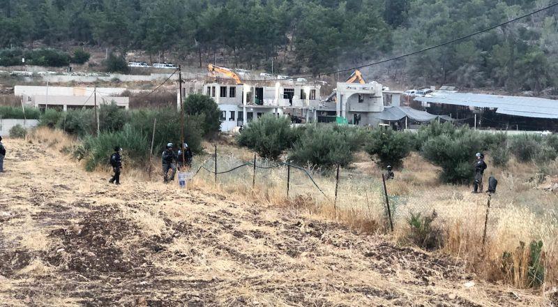 تمديد اعتقال مصطفى محمود يونس بشبهة الاعتداء على الشرطة خلال هدم بيت ابراهيم مرزوق