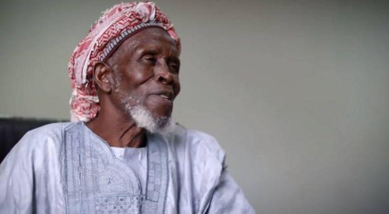 تكريم إمام مسلم أنقذ حياة 262 مسيحيا