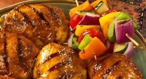 وجبة الدجاج المشوي مع الاعشاب