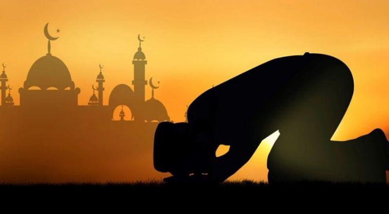 نجمة شهيرة تعتنق الإسلام.. ارتدت الحجاب وغيرت اسمها!