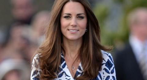 كيت ميدلتون بموقف محرج بسبب أكسسوار تضعه باستمرار على شعرها!