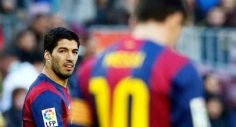 حكم لا يعرف برشلونة معه الفوز يقود مباراتهم أمام مان سيتي