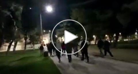 بالفيديو..وداع مؤثر للمصلين بالمسجد الأقصى بعد أدائهم صلاة العشاء