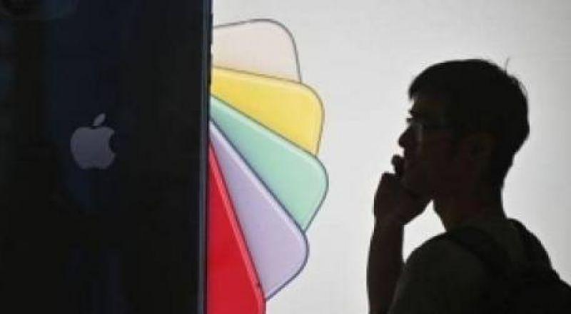 تقرير يكشف مصير هواتف آيفون المنتظرة في 2020