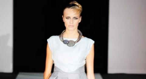 EMPORIO ARMANI وفتاة الأحلام من أسبوع الموضة في ميلانو