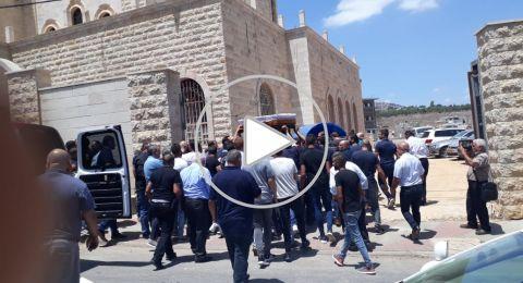 بالفيديو: سخنين الحزينة تستقبل جثمان الشاب جورج غنطوس قبل تشييعه