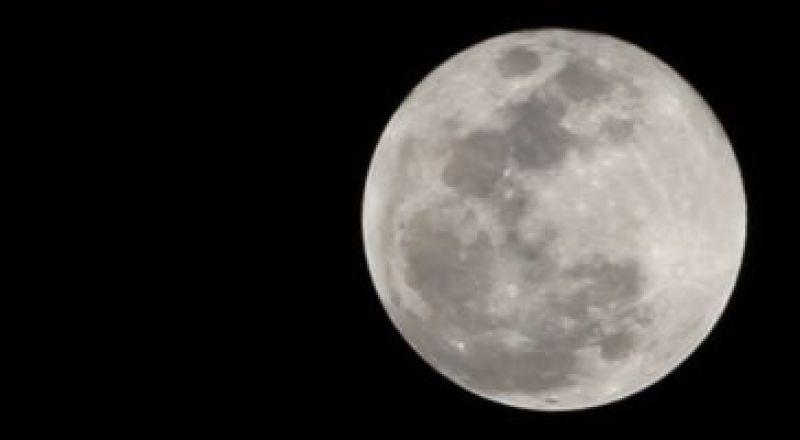 اليوم.. أطول خسوف للقمر بالقرن الـ21.. يستمر فى شكله الكامل ساعة و43 دقيقة