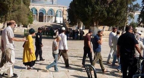 88 مستوطنًا يقتحمون المسجد الأقصى