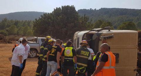 انقلاب شاحنة قرب وادي سلامة واصابة سائقها
