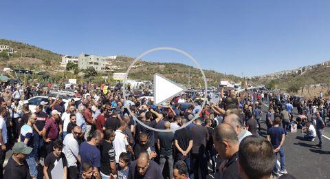 اغلاق شارع 65 قرب أم الفحم: تظاهرة غاضبة ضد القتل