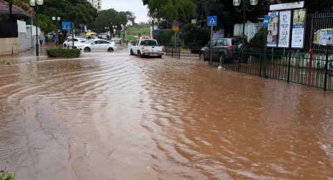 السيول تحوّل شوارع مدن مركز البلاد إلى مستنقعات