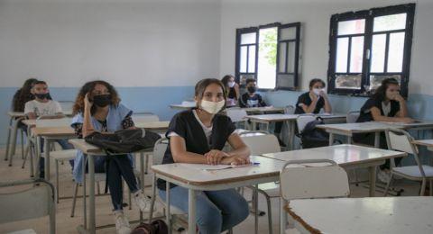 400 ألف طالب (الصف العاشر- الثّاني عشر) يعودون الى مقاعد الدّراسة يوم الأحد