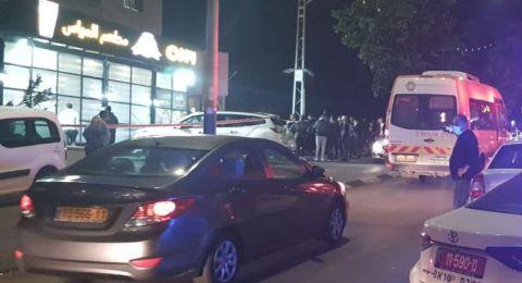 شفاعمرو: اصابة شابين بعيارات نارية في مطعم