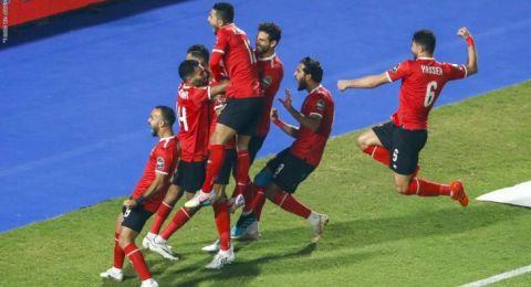 الأهلي المصري بطلا لإفريقيا بعد مباراة مثيرة مع الزمالك