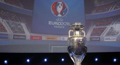 قرعة تصفيات يورو 2016- مجموعة قوية لهولندا ومتوسطة لاسبانيا