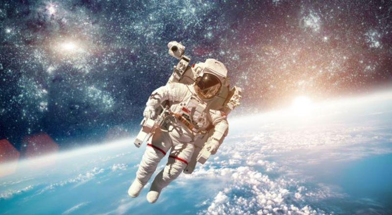 آلاف بانتظار رحلتهم نحو الفضاء.. وهذا سعر الحجز!