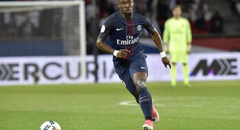 مدافع باريس يصر على معرفة مدرب برشلونة الجديد قبل الانتقال إليه